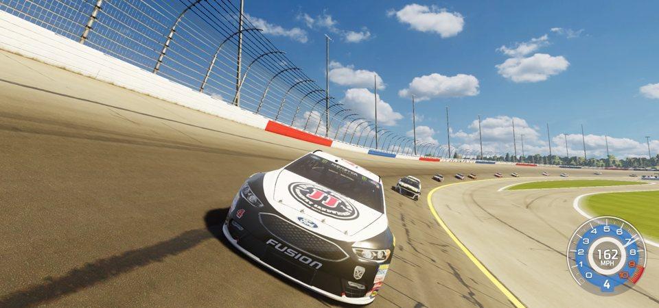 NASCAR Beroa 3 Review 3