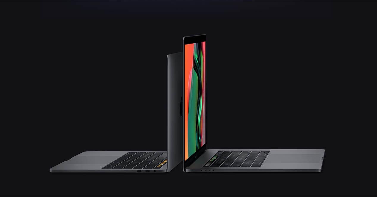 MacBook Pro Touch Bar-rekin prozesadorea estreinatzen du eta teklatua konpontzen du, baina ez prezioa