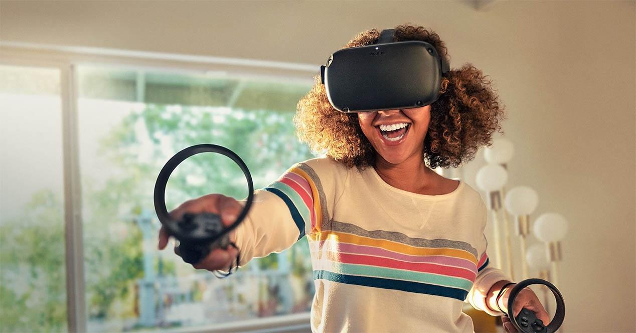 Oculus Quest-ek kable eta ordenagailu gabe errealitate birtualik osatuena gozatzeko aukera emango dizu