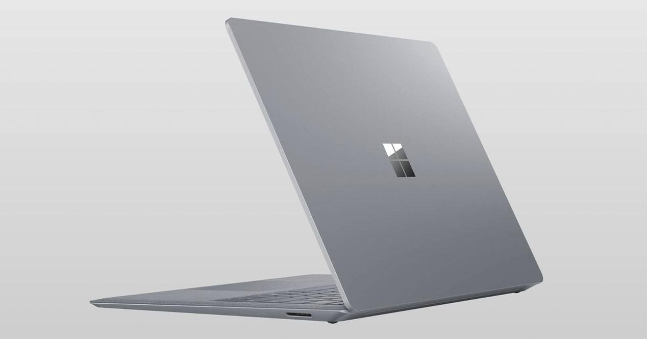 Windows 10X, Azalera 7 eta guztiak Microsoft gertaeraren ihesak