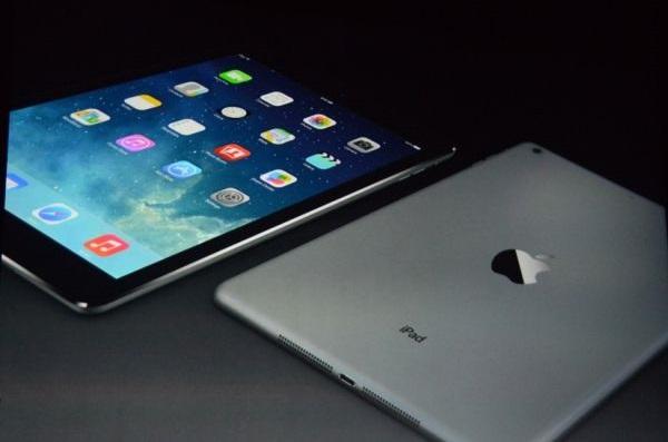 iPad Air 4 Informazio berria dago, pantaila gero eta handiagoa da