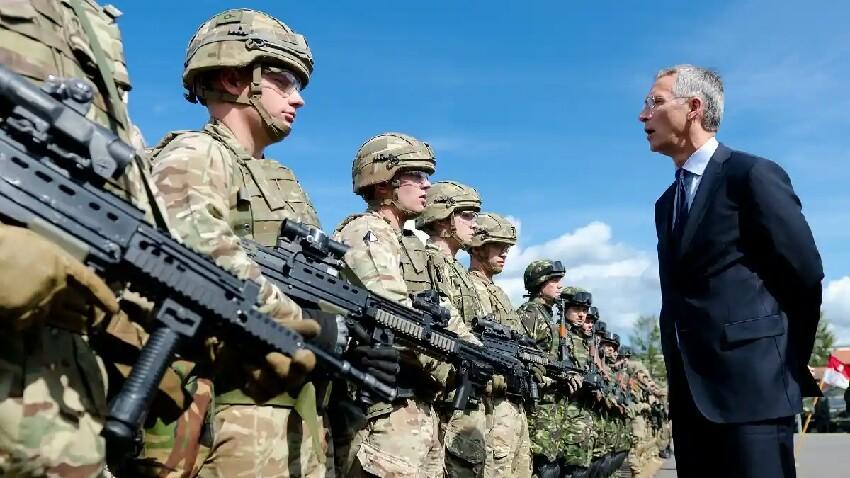 NATOk operazio militarrak espazioan egiteko