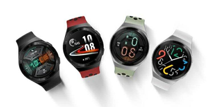 Huawei Watch GT 2e Indian jarri da doako Bluetooth entzungailuekin
