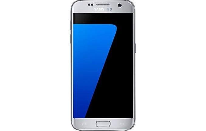 Samsung-ek eguneratze berriak gelditzen ditu Galaxy S7 eta S7 ertza