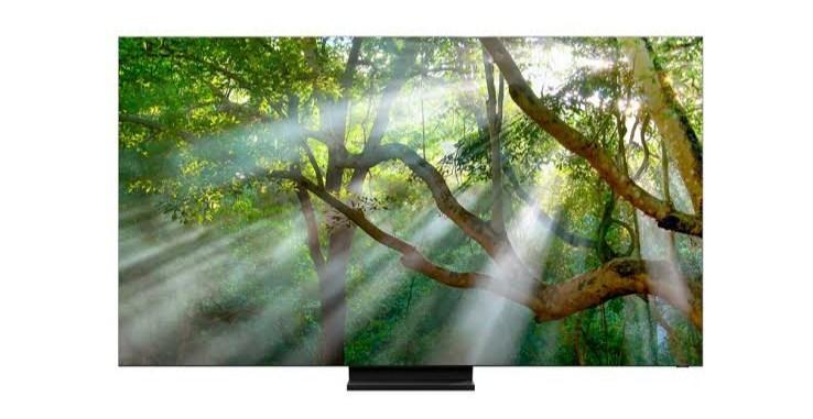 Samsung-ek AKG N400 entzungailuak eskaintzen ditu 2020 QLED 8K telebistarekin
