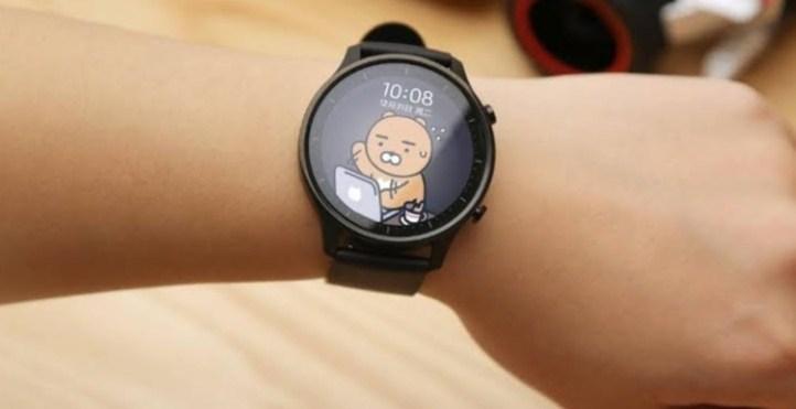 Xiaomi-k Watch Watch kolorea MIUI oinarritutako Wear OS-ekin abiarazi du