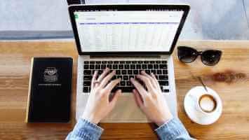 Nola konpondu bikoiztutako mezuak edo espazio bikoitzeko arazoa MacBooks-en