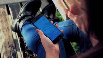 Zer da Screen Time pasahitza eta nola ziurtatu iPhone berarekin