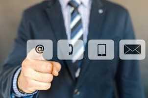 Nola gehitu Gmail kontaktuak iPhone eta beste iruzur batzuetara