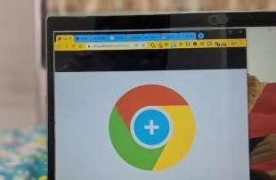 Garrantzitsuena 4 Chrome-ren atzeko planoaren kolore lehenetsia aldatzeko moduak