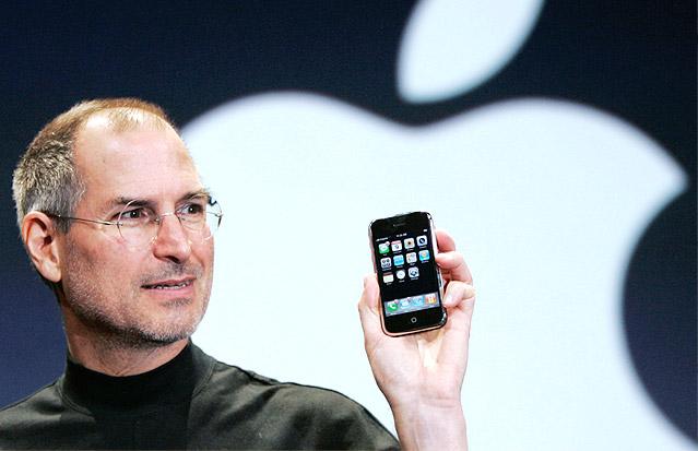 Steve Jobs ez zelako salaketa bonba bat bezala erori zen!