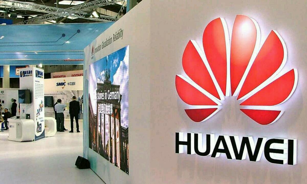 Huawei CEOk HongMengOS-i erreklamazioa handitzen dio