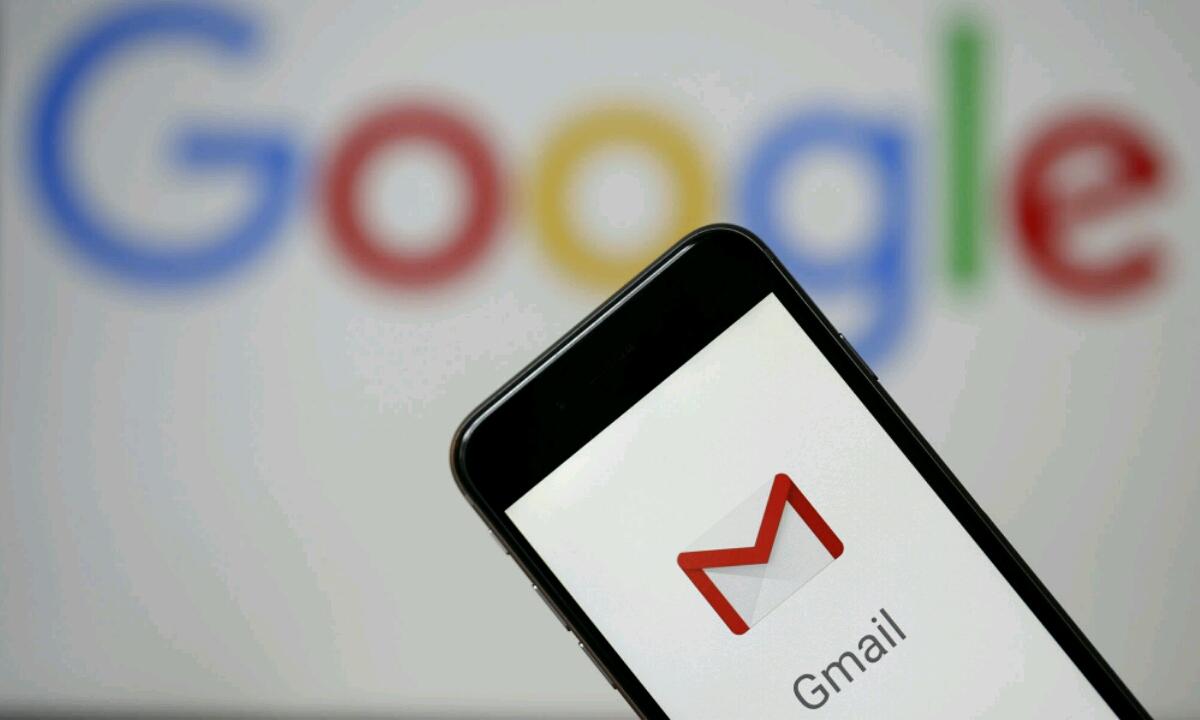 Gmail eguneratuko da modu iluneko aukerarekin!