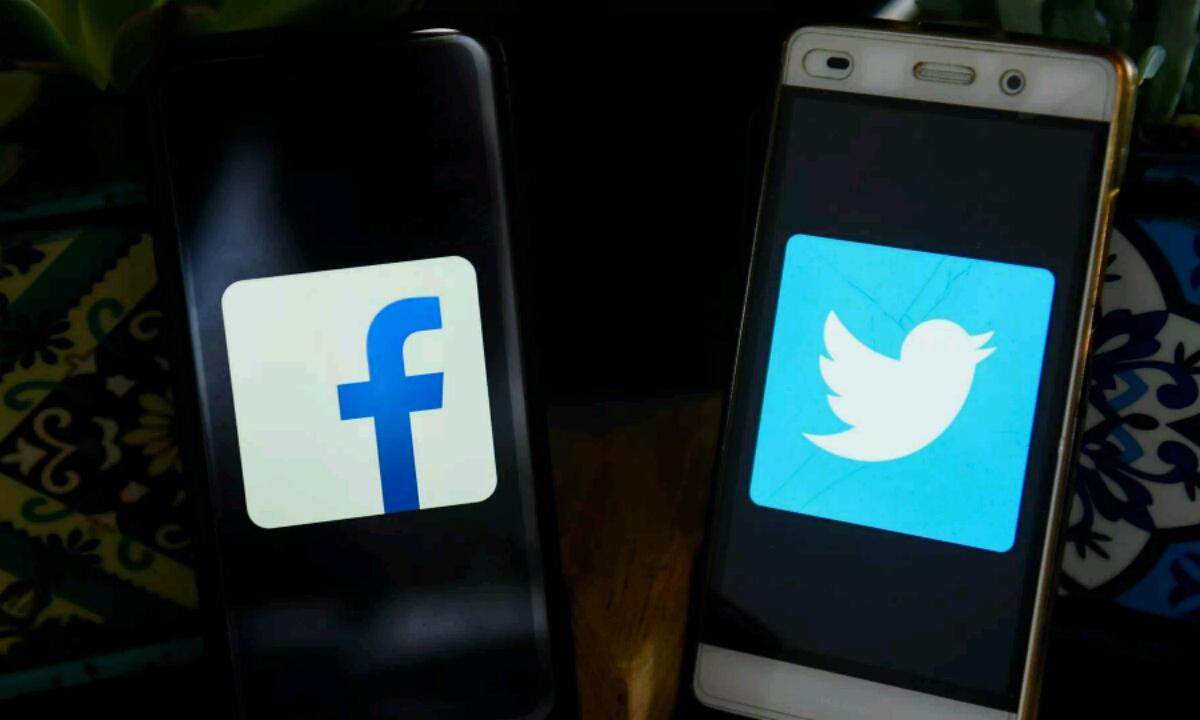 Errusia, Facebook eta Twitter sarbidea blokeatu dezake!