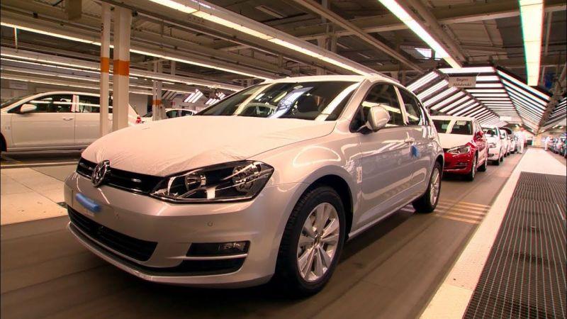 Munduko 41 segundoz behin 1 Volkswagen Golf saltzen da!