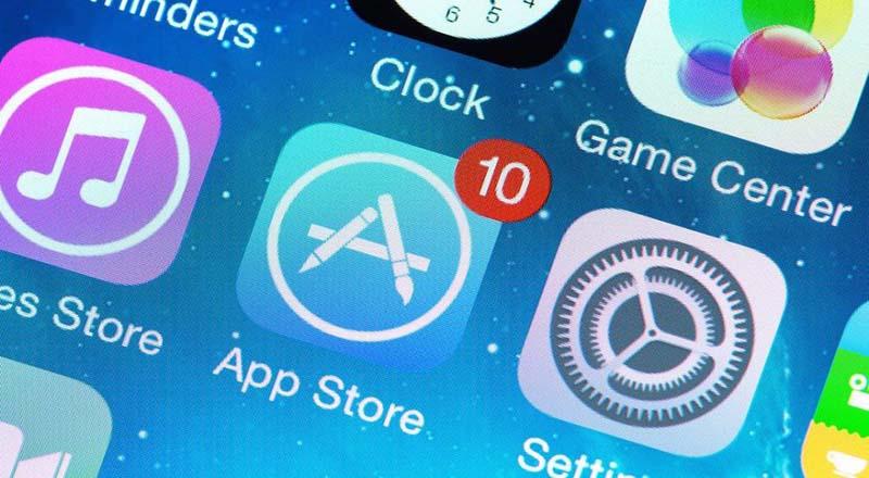 Apple App denda, Google Play Storealdea egin du