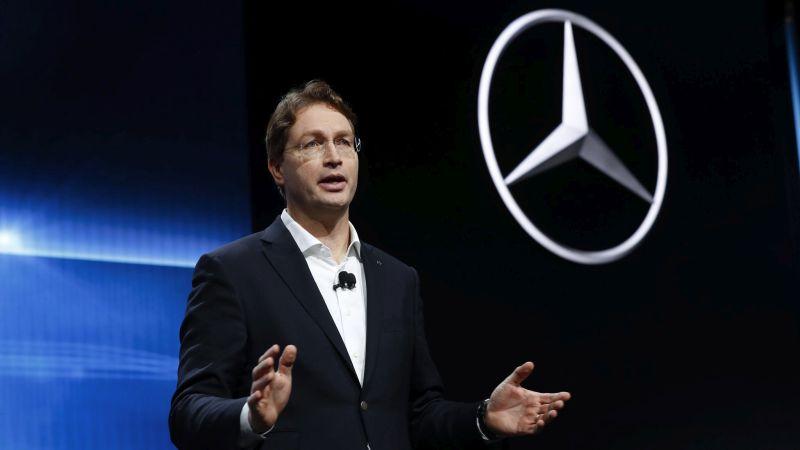 Daimler AGk lehiakide guztiei argi berdea eman zien!