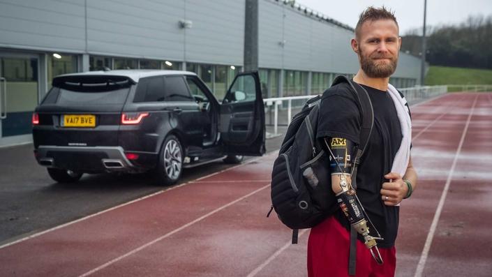 Jaguar Land Rover desgaitutako gidarientzako garatua!  'Valet ikusezina' deitzen diote!