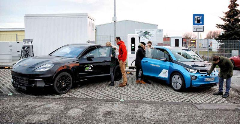Porschek BMW eta Siemens-ekin garatutako 450 kW FastCharge proiektua probatu du!