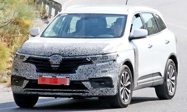 Horrela harrapatu zuen Renault Koleos (2019) berritzaileak espioi kameretan!