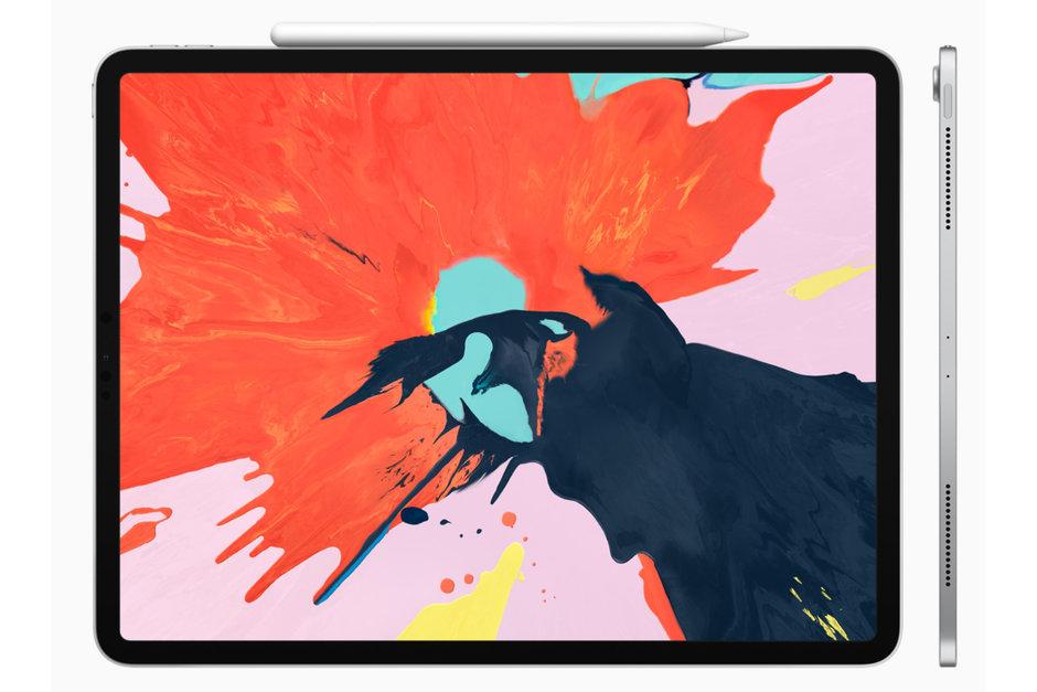 Ordenagailuak ordenagailu eramangarriak iPad Pro prozesadore berriarekin!