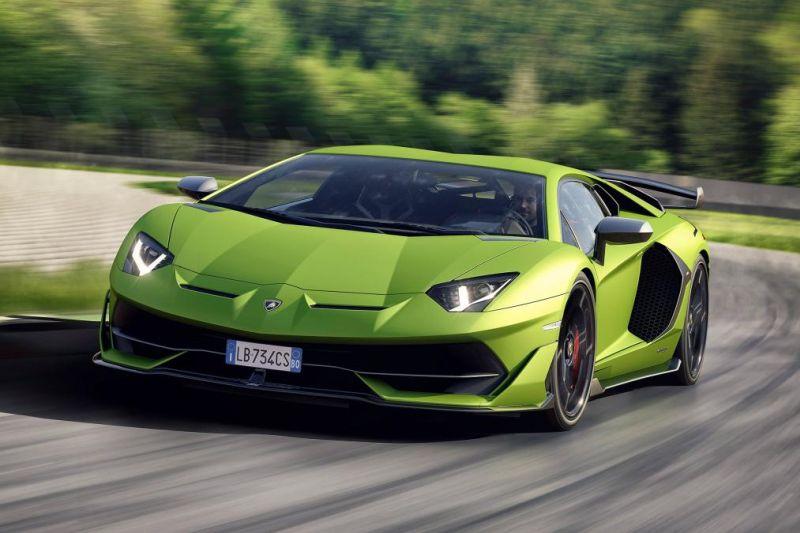 Azkenean Lamborghini Aventador SVJ agertu zen!