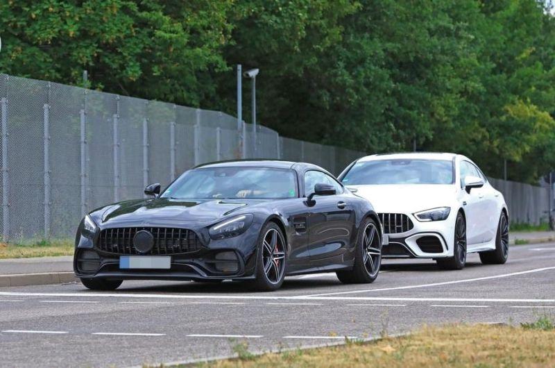 Horrela harrapatu zuen Mercedes-AMG GT espioi kamerek!