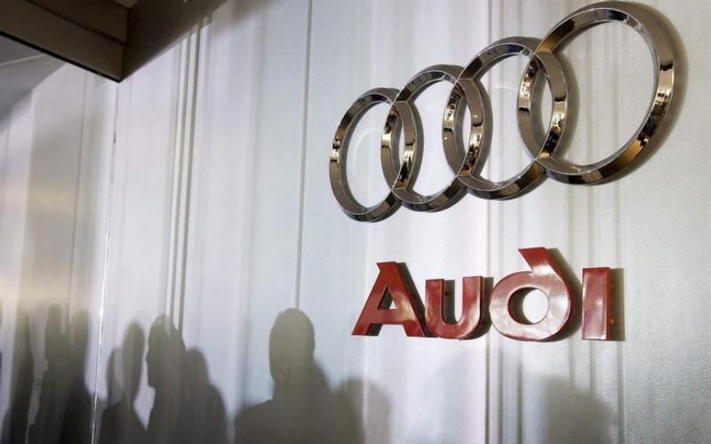 Audi hegazkinaren taxi proiektua da