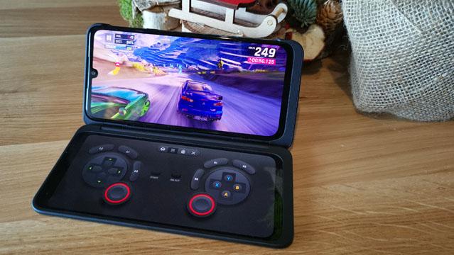 LG G8X ThinQ - proben txostena, hau da, bi pantailetako telefonoari begirada bat ematea