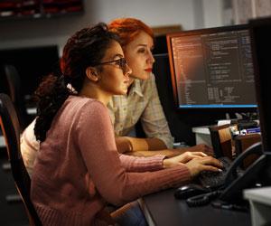 Programatzaile gisa lan bila zoaz?  Hemen dago non begiratu behar duzun