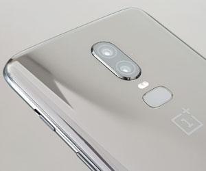 OnePlus 6 - Smartphone tronua probatzeko txinatarren erreklamazioa