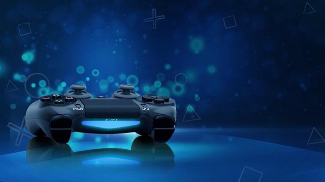 Zenbait denda PlayStationen eskaerak biltzen ari dira dagoeneko 5