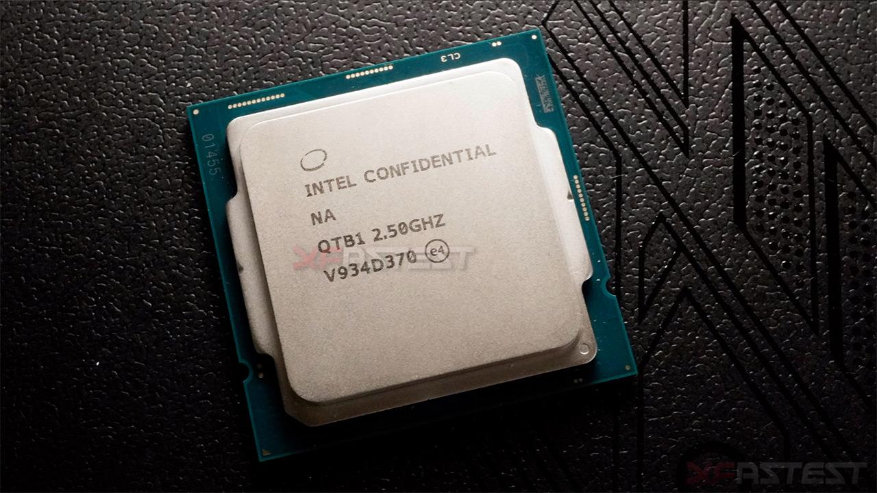 Intel Core i9-10900 lehen irudietan