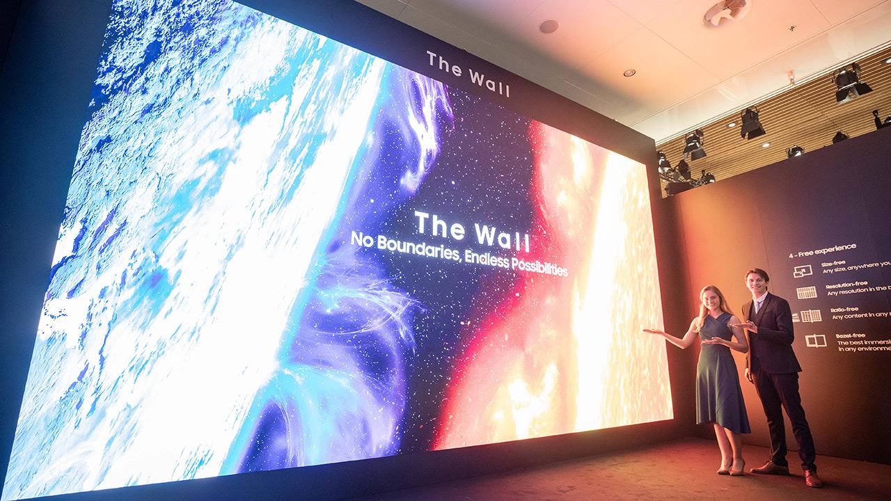 Samsung-ek 583 hazbeteko pantaila The Wall for Business aurkeztu du