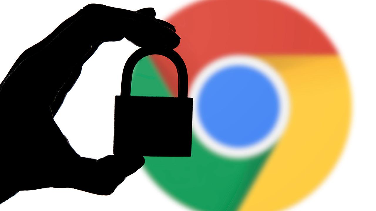 """Google Chrome-k fitxategien deskarga """"seguruak"""" blokeatuko ditu HTTPS webguneetatik"""