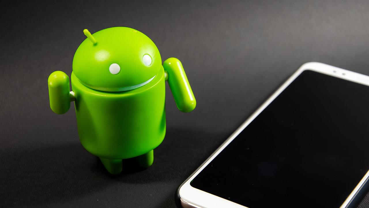 Ireki gutuna Google-ri Android gailuetan aurrez instalatutako bloatwareei buruz