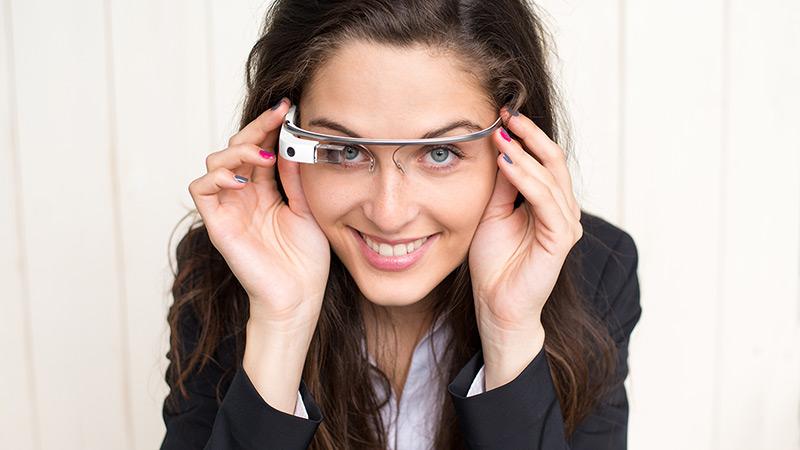 Google-k Glass Explorer Edition betaurrekoak onartzen ditu