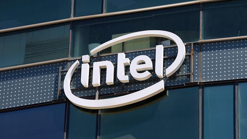 Intel-ek Core i5-9600KF iragartzen du Ryzen baino prozesadore indartsuago gisa 7 3800X
