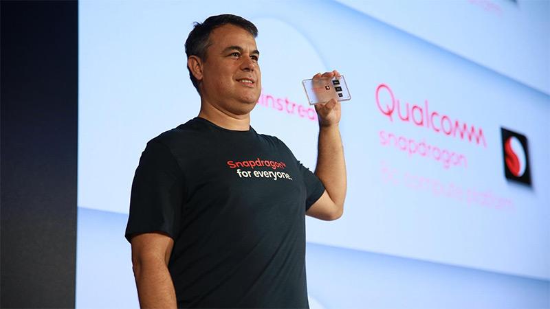 Qualcomm Snapdragon 8c - SoC zehaztapena 5G dituzten koaderno arin eta meheetarako