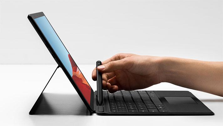 Microsoft Surface Pro X Microsoft SQ1 prozesadorearekin ofizialki aurkeztu da