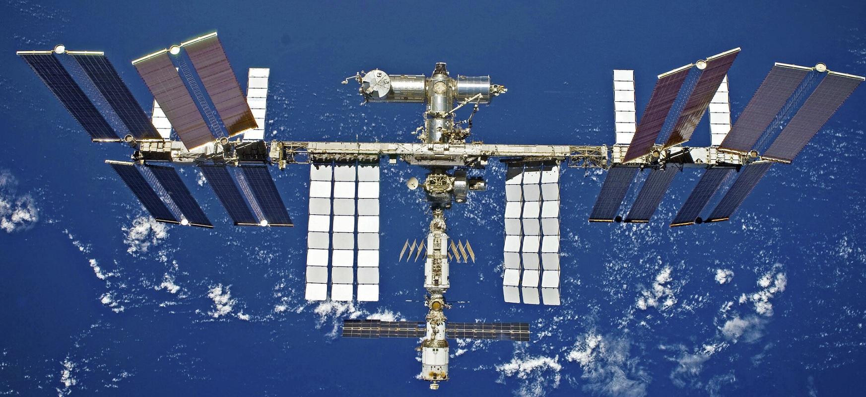 Errusiak 2023an turista batzuk bidali nahi ditu orbitara. Historian lehen espazio zibil posiblea izan daiteke