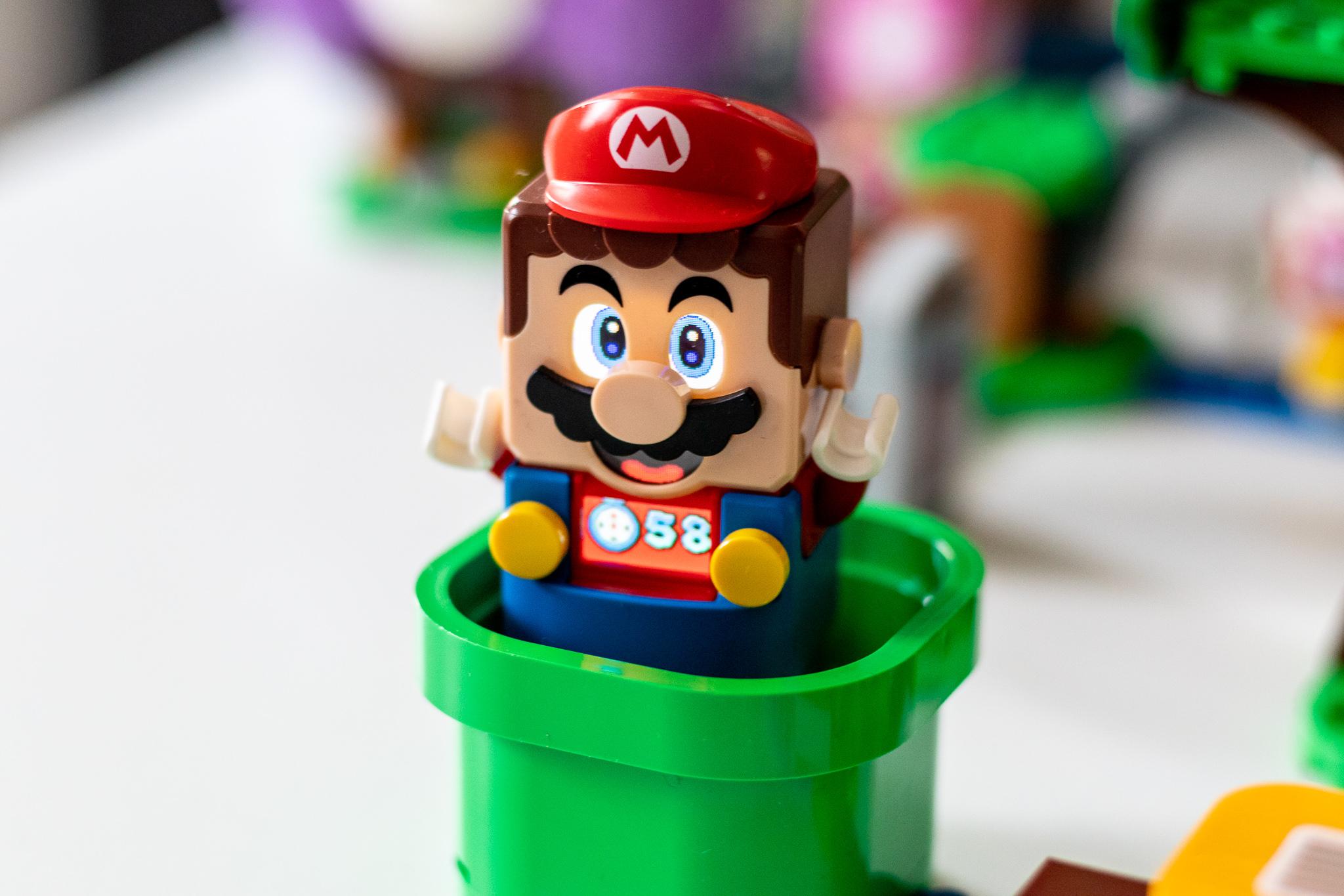 LEGO Super Mario daukat jada.  Plastikozko iturgintza uste baino azkarragoa da eta blokeek denbora luzez dibertitzen zaituzte