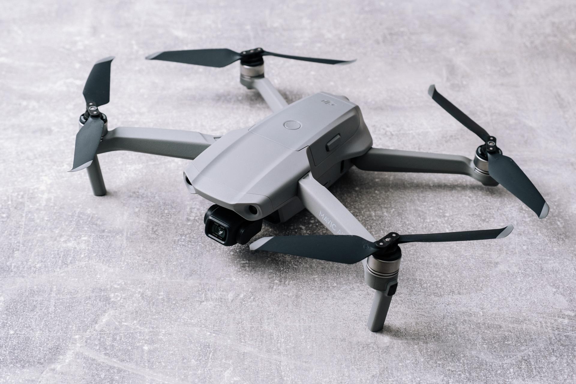 Historiako drone onenak ondorengoa izango du.  DJI Mavic dator 3