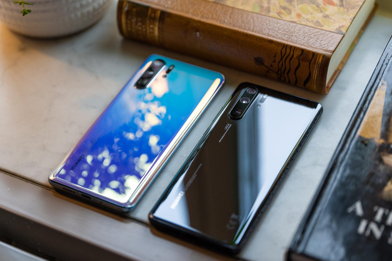 Huawei P30 Pro freskagarria dator.  Google zerbitzuen laguntza izango du