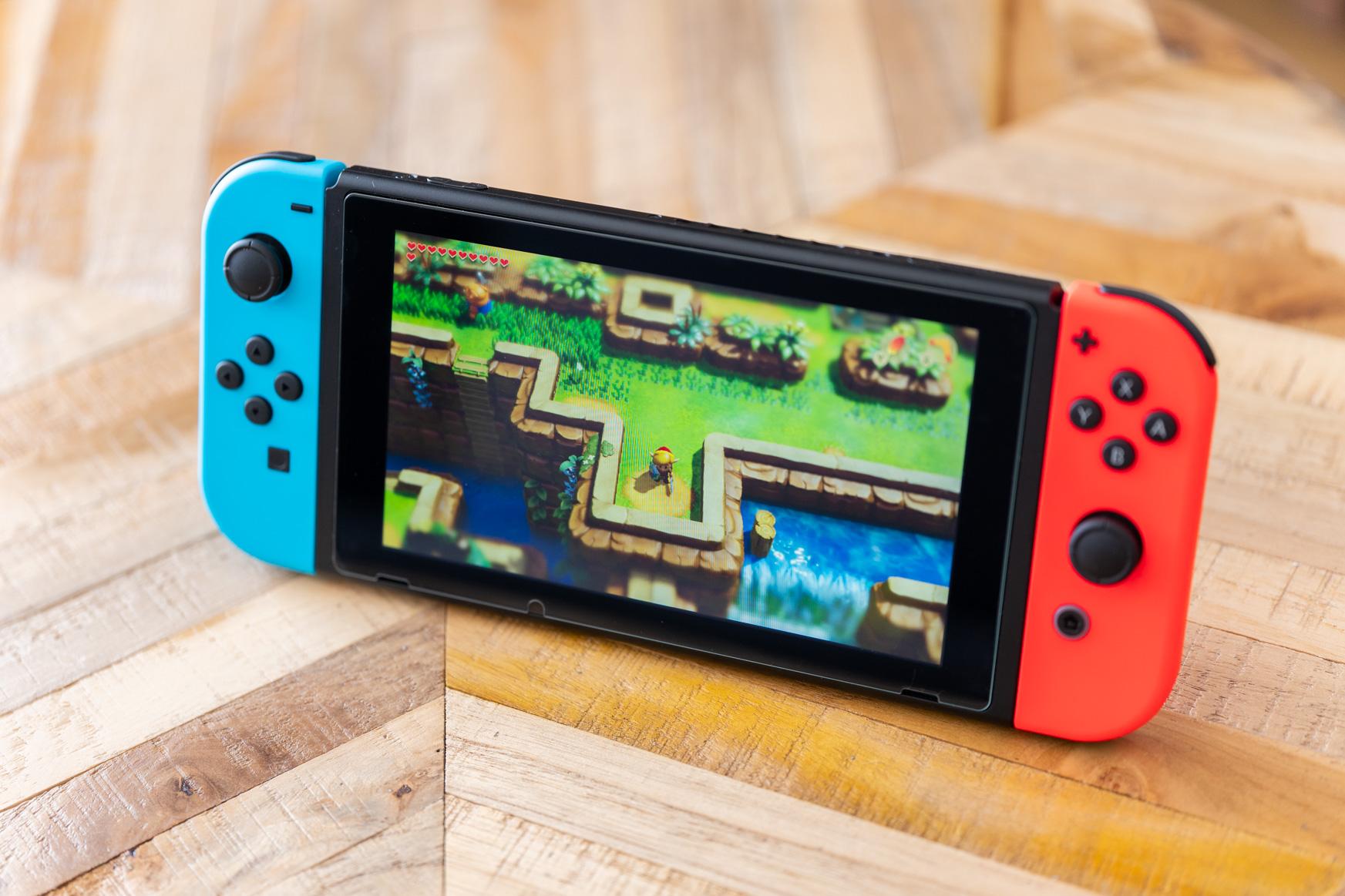 Nintendo Switch-en eguneratze garrantzitsua: jolasak kartara transferituko dituzu, botoien moldaketa PS4 aldatuko duzu