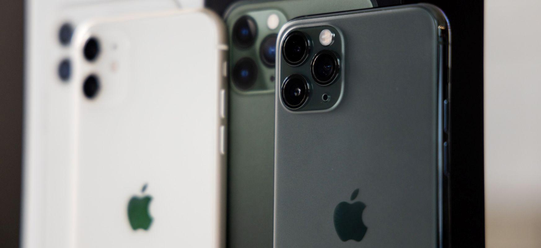 IPhone berria, nota txikiagoa duena.  iOS 14-k iPhone 12rekin grafikoak agerian utzi ditu