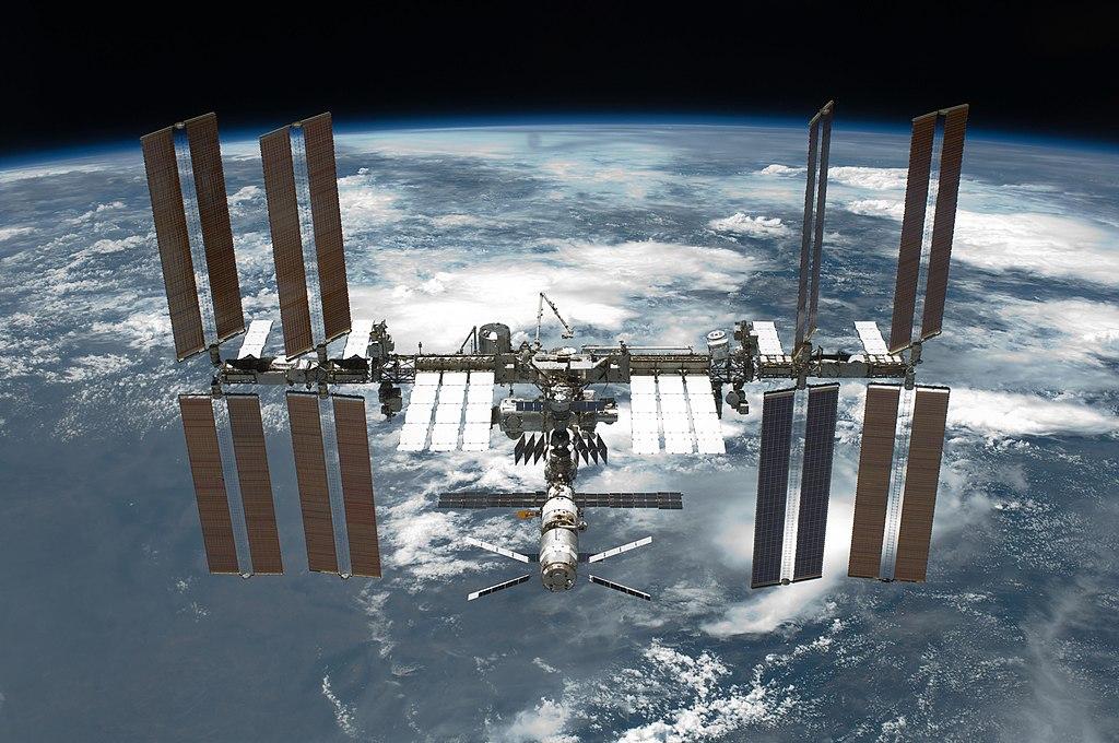 Espazioko turistak SpaceX-etik nazioarteko espazio geltokira hegan egingo dute