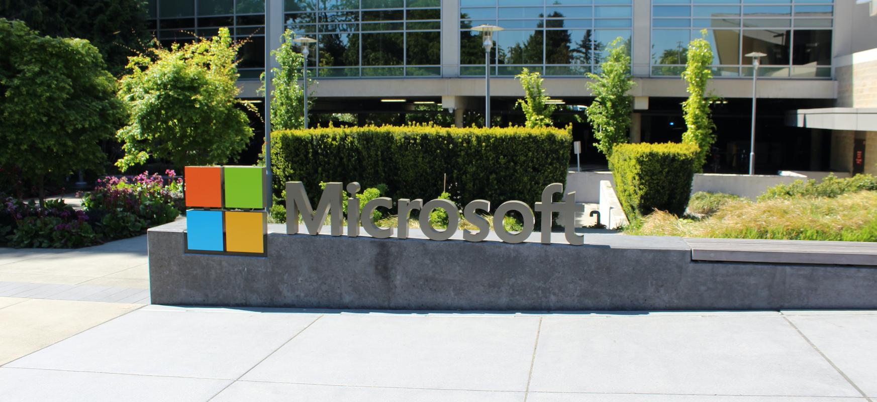 Microsoft-ek Visual Basic-en garapena osatu du.  Garai garrantzitsu baten amaiera da