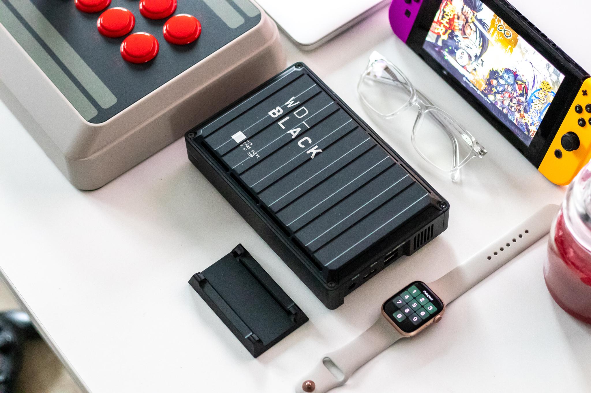 Maitasunetik kanpo egiten dena.  WD Black D10 Game Drive nire PS4 Pro-ri egin nion onena da