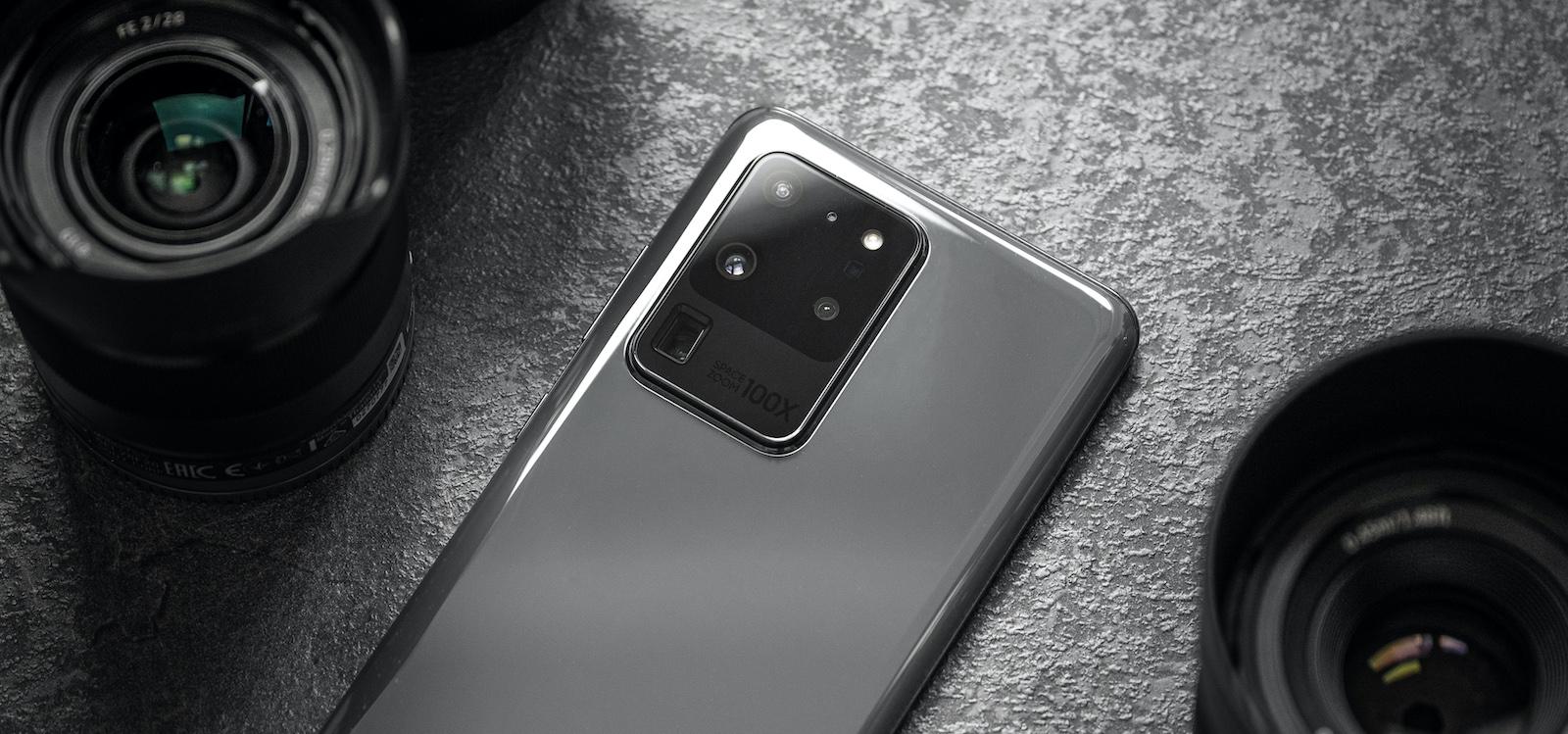 Samsung Galaxy S20 Ultra.  Hiru egun ondoren hiru abantaila eta hiru desabantaila